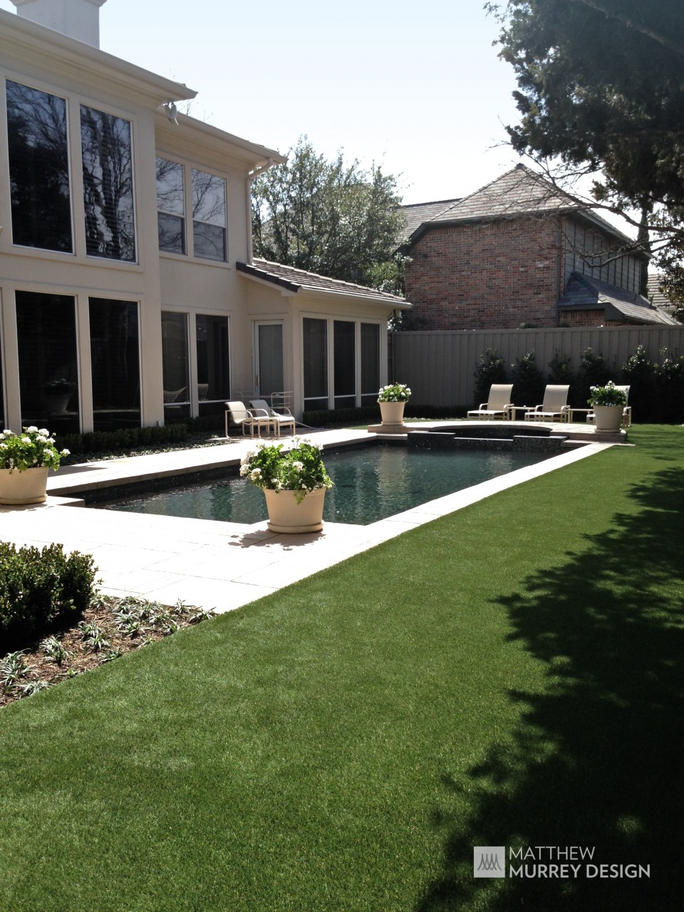 Classic Contemporary Backyard