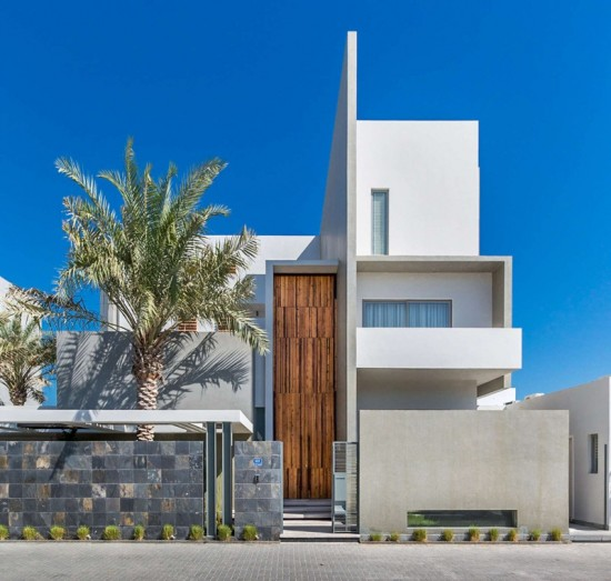 Modern Architecture Small Houses: Modern Vs. Contemporary Architecture And Landscape
