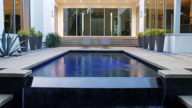 Contemporary Landscape Design - Dallas, Texas