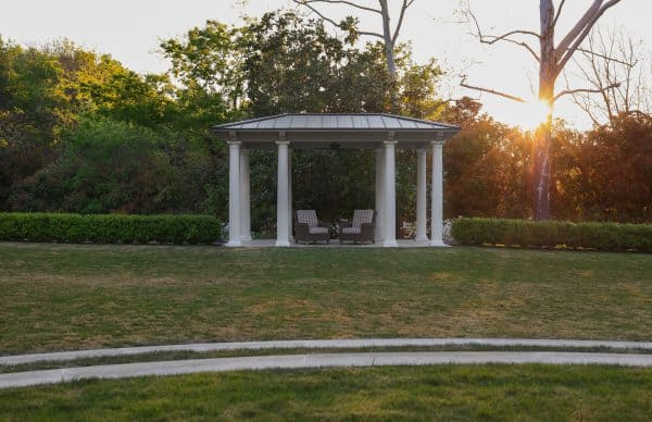 A colonial style covered pavillion overlooks the great lawn