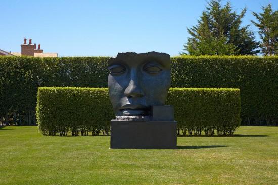 contemporary face statue