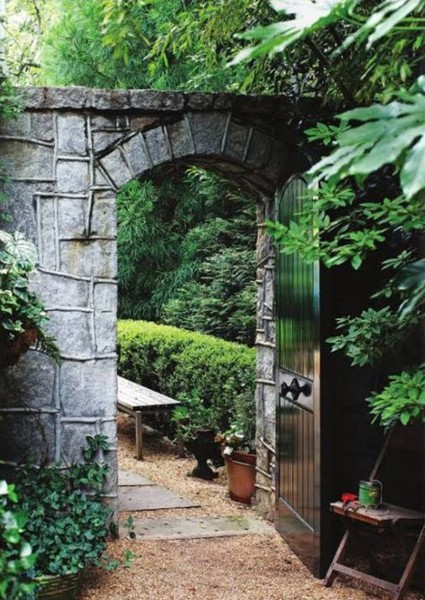 Landscape Inspirations: 10 Most Beautiful Garden Entries and Gates