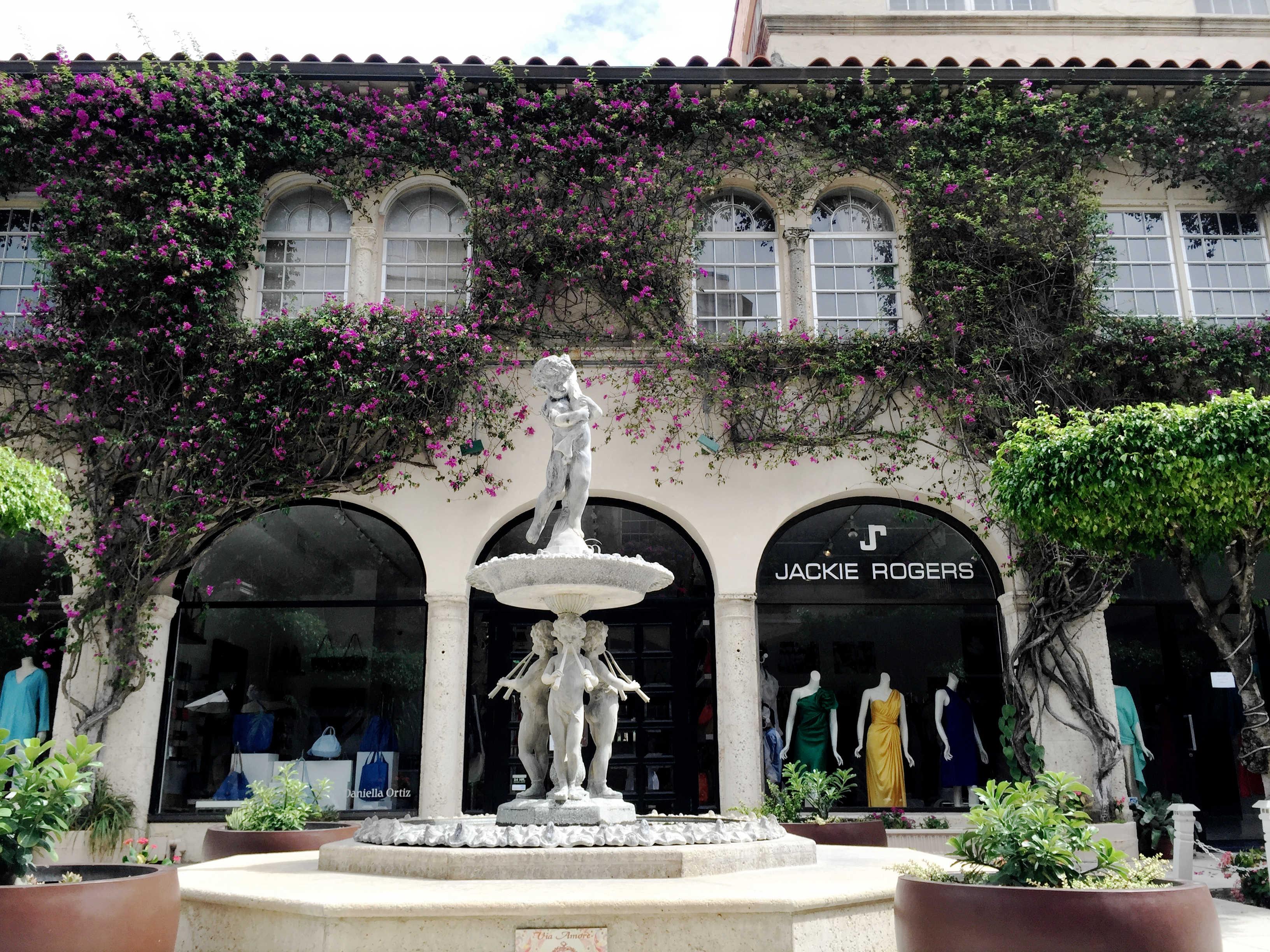 Stone Fountain - Worth Ave - Palm Beach - High End Retail - Landscape Design