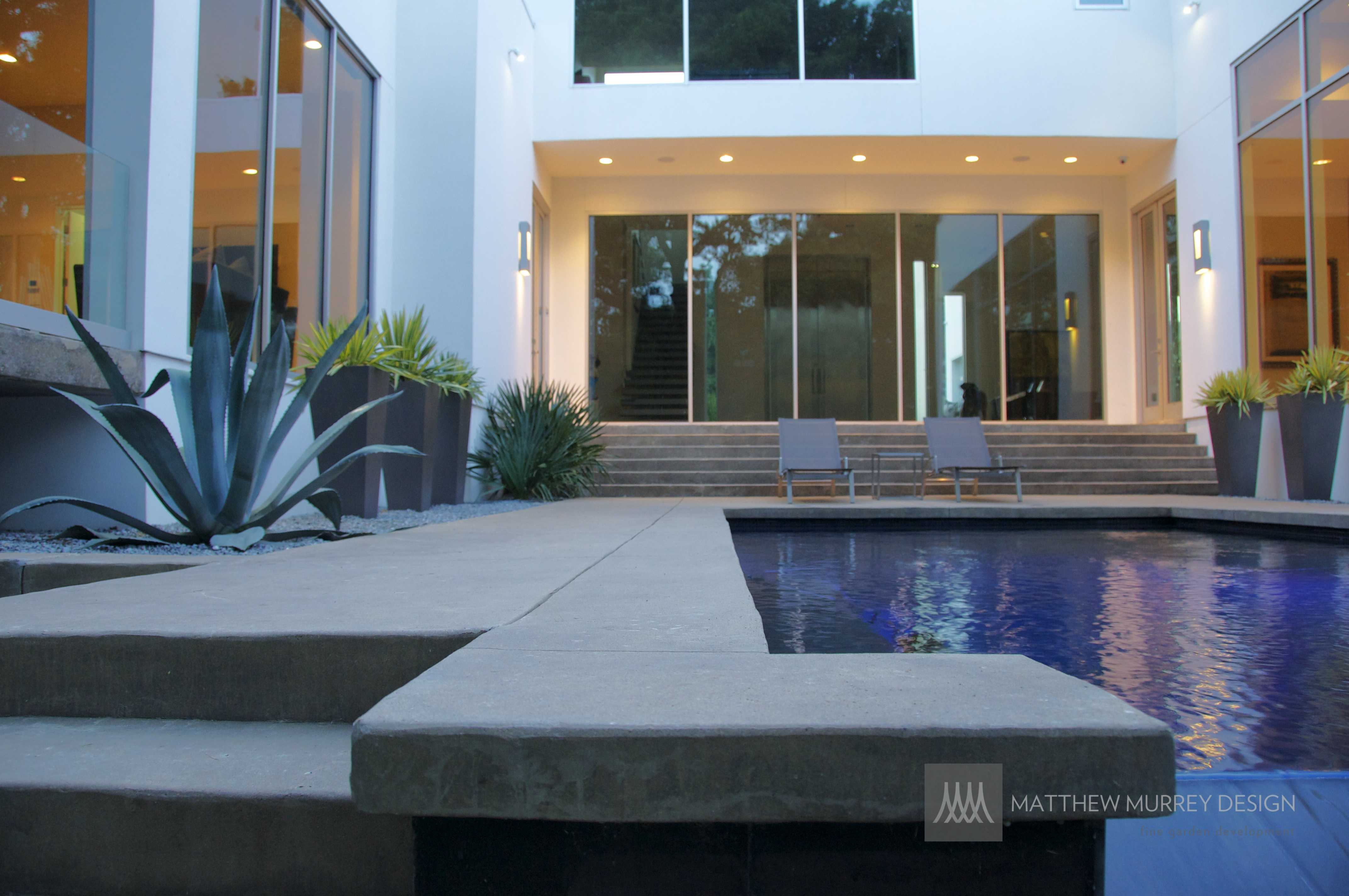 Contemporary Pool Coping - Contemporary Concrete Pool Deck